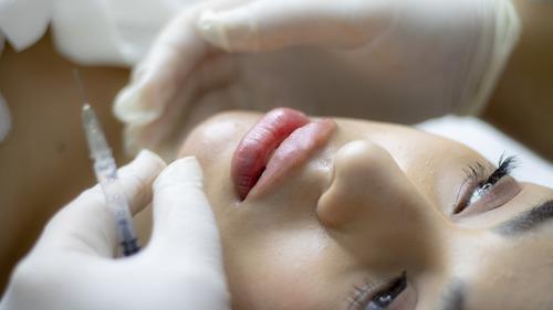 Skönhet och hälsa – hudvård till plastikoperationer